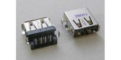 USB konektor do plošného spoje