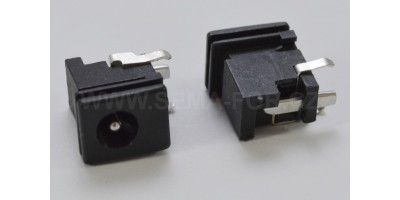 CON043 / 5x1.65mm  SONY