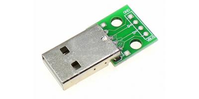 USB konektor na plošném spoji male