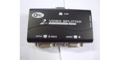 aktivní VGA splitter na 2 monitory